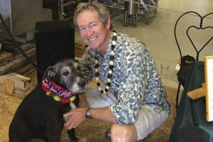 Episcopal priest takes dying dog on road trip for 'Last Howlelujah Tour'